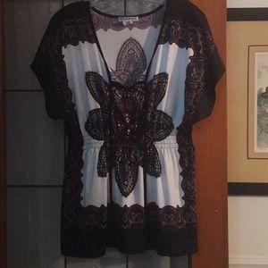 Kimono style short sleeve top